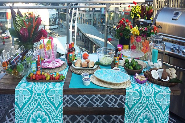 Bring back that island feeling with a Caribbean-themed party